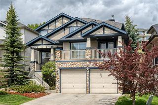 Photo 2: 99 SPRINGBLUFF Boulevard SW in Calgary: Springbank Hill Detached for sale : MLS®# C4299903