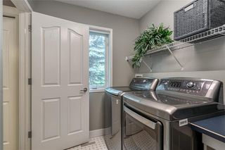 Photo 23: 99 SPRINGBLUFF Boulevard SW in Calgary: Springbank Hill Detached for sale : MLS®# C4299903