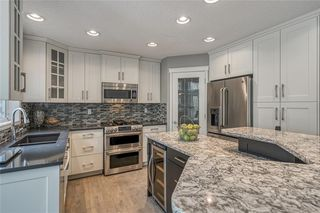 Photo 7: 99 SPRINGBLUFF Boulevard SW in Calgary: Springbank Hill Detached for sale : MLS®# C4299903