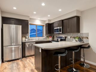 Photo 8: 56 Skyview Point Crescent NE in Calgary: Skyview Ranch Detached for sale : MLS®# A1045554