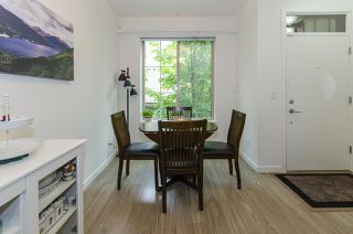 Photo 3: 58 433 SEYMOUR RIVER PLACE in North Vancouver: Seymour NV Townhouse for sale : MLS®# R2500921