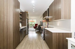 Photo 2: 58 433 SEYMOUR RIVER PLACE in North Vancouver: Seymour NV Townhouse for sale : MLS®# R2500921