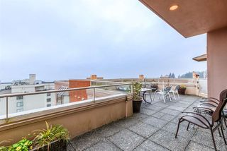 """Photo 39: 509 15111 RUSSELL Avenue: White Rock Condo for sale in """"PACIFIC TERRACE"""" (South Surrey White Rock)  : MLS®# R2524746"""