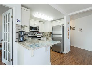 """Photo 8: 509 15111 RUSSELL Avenue: White Rock Condo for sale in """"PACIFIC TERRACE"""" (South Surrey White Rock)  : MLS®# R2524746"""