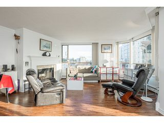 """Photo 3: 509 15111 RUSSELL Avenue: White Rock Condo for sale in """"PACIFIC TERRACE"""" (South Surrey White Rock)  : MLS®# R2524746"""