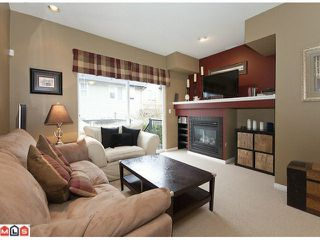 Photo 3: 51 8737 161ST Street in Surrey: Fleetwood Tynehead Townhouse for sale : MLS®# F1106547