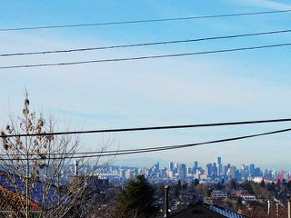 Photo 3: 97 GLYNDE Avenue in Burnaby: Capitol Hill BN House for sale (Burnaby North)  : MLS®# V1040927