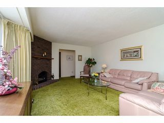 Photo 3: 1495 MAPLE ST: White Rock House for sale (South Surrey White Rock)  : MLS®# F1404421