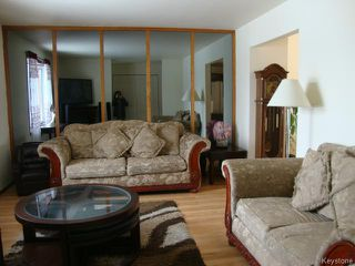 Photo 4: 42 MUSKA Bay in WINNIPEG: Maples / Tyndall Park Residential for sale (North West Winnipeg)  : MLS®# 1405551