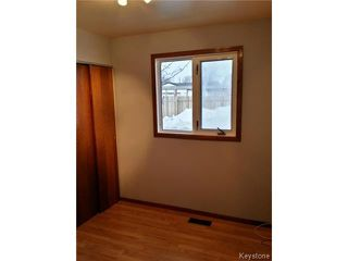 Photo 11: 42 MUSKA Bay in WINNIPEG: Maples / Tyndall Park Residential for sale (North West Winnipeg)  : MLS®# 1405551