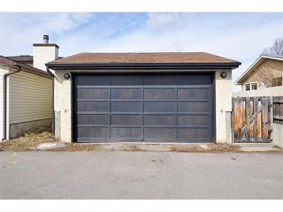 Photo 24: 235 TEMPLEVALE Road NE in Calgary: Temple House for sale : MLS®# C4003858