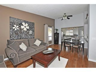 Photo 5: 235 TEMPLEVALE Road NE in Calgary: Temple House for sale : MLS®# C4003858