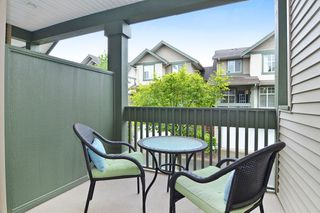 "Photo 5: 65 6050 166TH Street in Surrey: Cloverdale BC Townhouse for sale in ""WESTFIELD"" (Cloverdale)  : MLS®# F1442230"