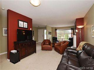 Photo 3: 72 14 Erskine Lane in VICTORIA: VR Hospital Row/Townhouse for sale (View Royal)  : MLS®# 703903