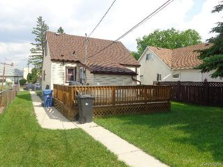 Photo 3: 356 Madison Street in WINNIPEG: St James Residential for sale (West Winnipeg)  : MLS®# 1517865