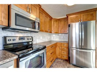 Photo 3: 106 Maplewood Place: Black Diamond House for sale : MLS®# C4042698