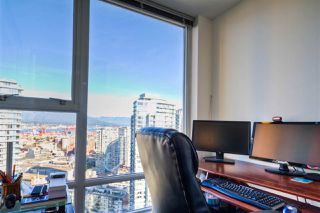 """Photo 9: 2701 131 REGIMENT Square in Vancouver: Downtown VW Condo for sale in """"SPECTRUM"""" (Vancouver West)  : MLS®# R2032610"""