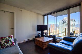 """Photo 5: 2701 131 REGIMENT Square in Vancouver: Downtown VW Condo for sale in """"SPECTRUM"""" (Vancouver West)  : MLS®# R2032610"""
