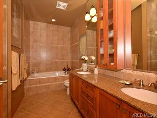Photo 10: 7 3650 Citadel Pl in VICTORIA: Co Latoria Row/Townhouse for sale (Colwood)  : MLS®# 722237