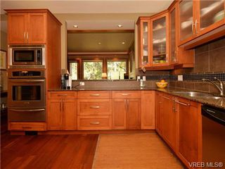 Photo 7: 7 3650 Citadel Pl in VICTORIA: Co Latoria Row/Townhouse for sale (Colwood)  : MLS®# 722237