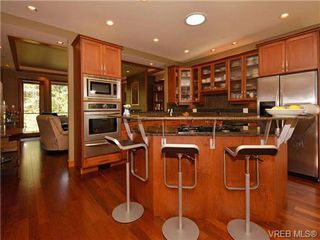 Photo 6: 7 3650 Citadel Pl in VICTORIA: Co Latoria Row/Townhouse for sale (Colwood)  : MLS®# 722237