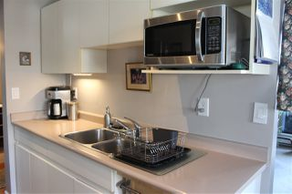"""Photo 13: 506 110 W 4TH Street in North Vancouver: Lower Lonsdale Condo for sale in """"OCEAN VISTA"""" : MLS®# R2042460"""