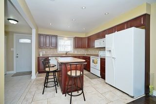 Photo 5: 1186 Southdale Avenue in Oshawa: Donevan House (2-Storey) for sale : MLS®# E3487223