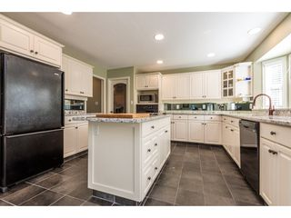 "Photo 3: 21554 46A Avenue in Langley: Murrayville House for sale in ""Macklin Corners, Murrayville"" : MLS®# R2108795"