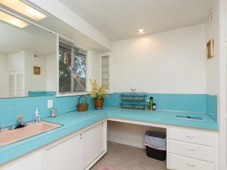 Photo 12: OCEANSIDE House for sale : 3 bedrooms : 2025 Stewart Street