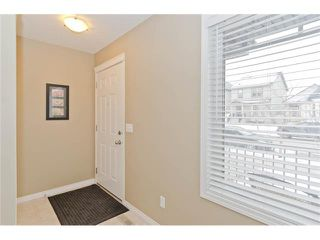 Photo 3: 85 PRESTWICK Villa(s) SE in Calgary: McKenzie Towne House  : MLS®# C4098791