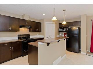 Photo 7: 85 PRESTWICK Villa(s) SE in Calgary: McKenzie Towne House  : MLS®# C4098791