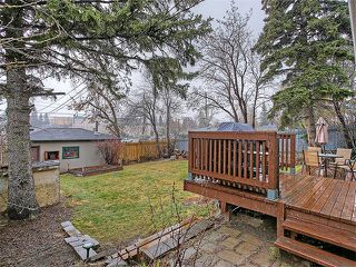 Photo 2: 111 42 Avenue NE in Calgary: Highland Park House for sale : MLS®# C4112502