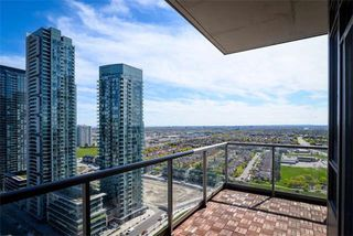 Photo 15: 2402 388 Prince Of Wales Drive in Mississauga: City Centre Condo for sale : MLS®# W3789650