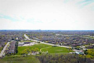 Photo 14: 2402 388 Prince Of Wales Drive in Mississauga: City Centre Condo for sale : MLS®# W3789650