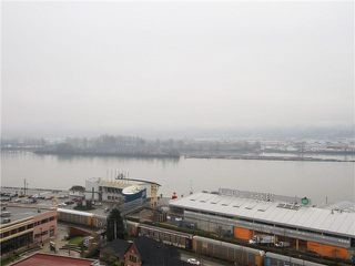 "Photo 7: 1601 888 CARNARVON Street in New Westminster: Downtown NW Condo for sale in ""Marinus"" : MLS®# R2166127"