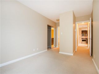 "Photo 15: 1601 888 CARNARVON Street in New Westminster: Downtown NW Condo for sale in ""Marinus"" : MLS®# R2166127"