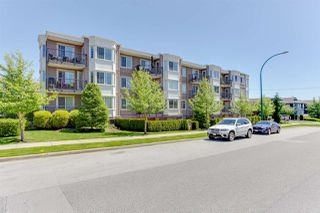 "Photo 2: 304 15357 ROPER Avenue: White Rock Condo for sale in ""REGENCY COURT"" (South Surrey White Rock)  : MLS®# R2171104"