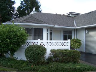 Photo 2: 108 2460 156TH Street in South Surrey White Rock: Home for sale : MLS®# F1125474