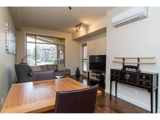 Photo 4: 281 8288 207A STREET in Langley: Willoughby Heights Condo for sale : MLS®# R2148390