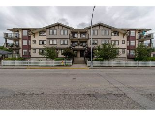 Photo 1: 101 45535 SPADINA Avenue in Chilliwack: Chilliwack W Young-Well Condo for sale : MLS®# R2177288