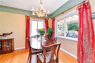 Photo 7: 2281 Edgelow St in VICTORIA: SE Arbutus Half Duplex for sale (Saanich East)  : MLS®# 762582