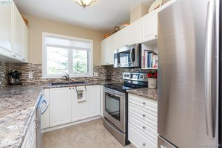 Photo 11: 215 2245 James White Blvd in SIDNEY: Si Sidney North-East Condo for sale (Sidney)  : MLS®# 763083