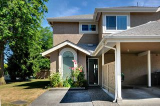Photo 1: 20 9540 PRINCE CHARLES Boulevard in Surrey: Queen Mary Park Surrey Townhouse for sale : MLS®# R2190705