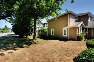 Photo 20: 20 9540 PRINCE CHARLES Boulevard in Surrey: Queen Mary Park Surrey Townhouse for sale : MLS®# R2190705