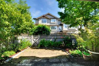 Photo 13: 20 9540 PRINCE CHARLES Boulevard in Surrey: Queen Mary Park Surrey Townhouse for sale : MLS®# R2190705
