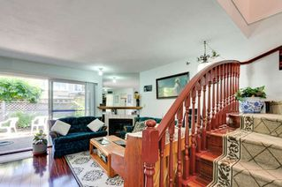 Photo 3: 20 9540 PRINCE CHARLES Boulevard in Surrey: Queen Mary Park Surrey Townhouse for sale : MLS®# R2190705
