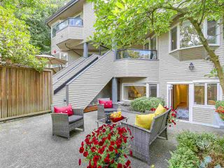 "Photo 18: 2411 W 1ST Avenue in Vancouver: Kitsilano Townhouse for sale in ""Bayside Manor"" (Vancouver West)  : MLS®# R2191405"