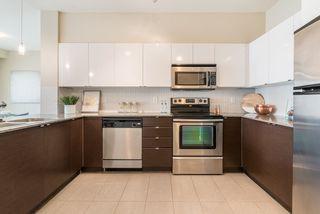 "Photo 5: 432 13733 107A Avenue in Surrey: Whalley Condo for sale in ""QUATTRO"" (North Surrey)  : MLS®# R2194957"