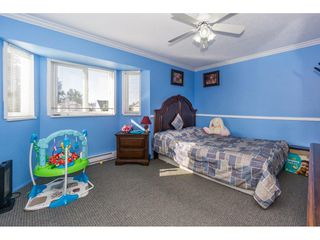 """Photo 16: 12477 77A Avenue in Surrey: West Newton House for sale in """"Strawberry Hill"""" : MLS®# R2206395"""