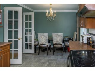 """Photo 10: 12477 77A Avenue in Surrey: West Newton House for sale in """"Strawberry Hill"""" : MLS®# R2206395"""